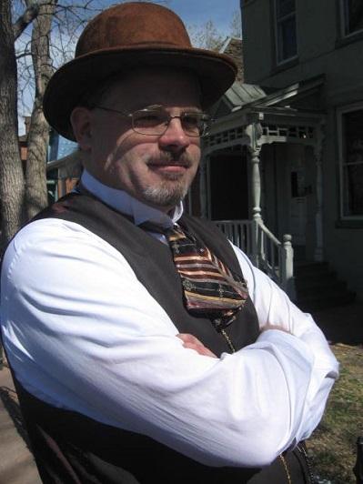 2015-Author-Ian Brazee-Cannon-Headshot-small